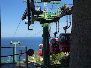 Taormina-cable-cars-down-to-the-beach